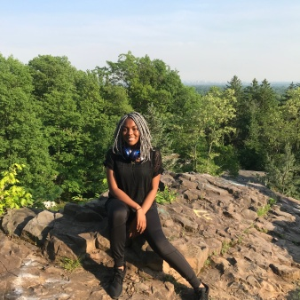 Briana Andrews at INSPIMIND Mills Reservation Hike on May 29, 2018
